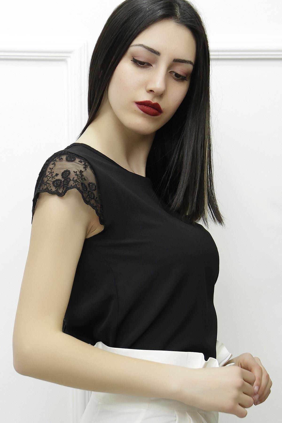 Kolu Tül Detaylı Bluz Siyah - 3888.148.
