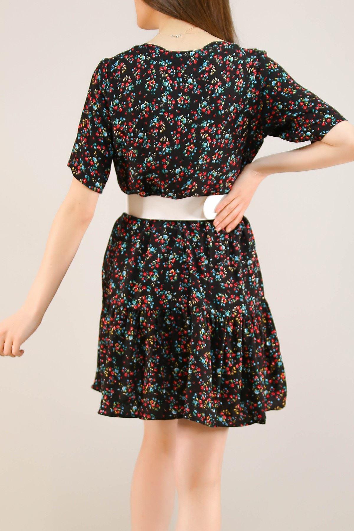 Çerçeve Yaka Kısa Elbise Siyahçiçekli - 5221.701.