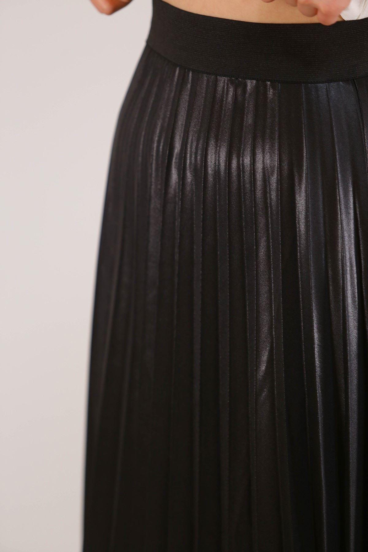 Pliseli Etek Siyah - 3638.222.