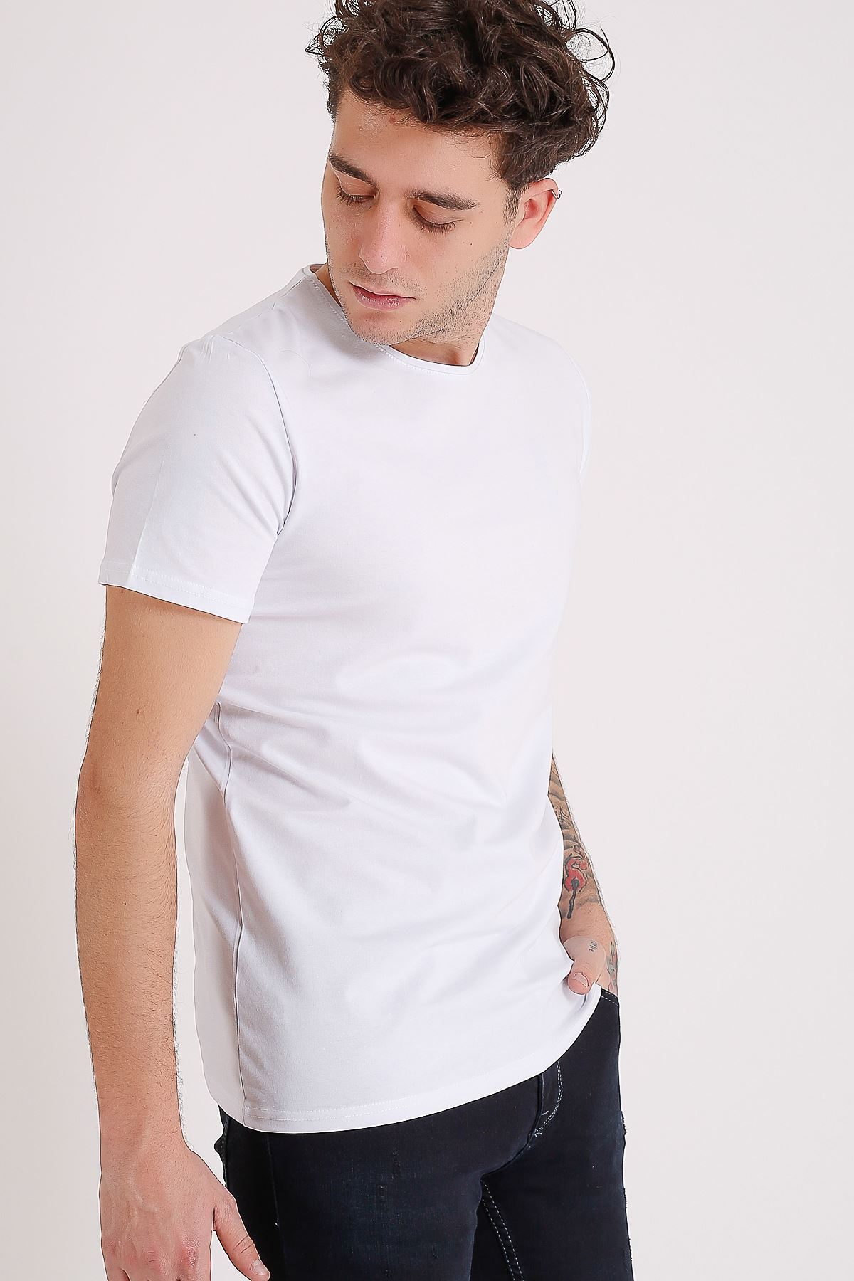 Erkek Beyaz Bisiklet Yaka Likralı Basic Tişört  Tshirt