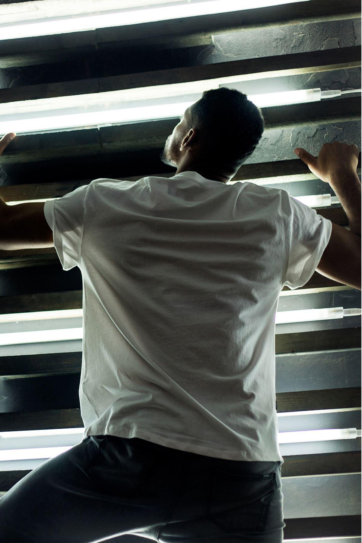Boş Yapma Beyaz Erkek Oversize Tshirt - Tişört